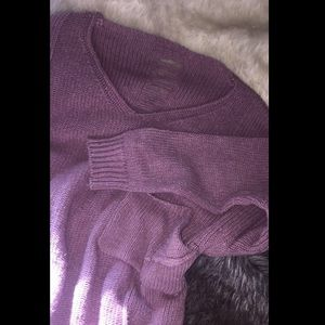Sweaters - Thick and ripped (purple/pink) mauve sweatshirt